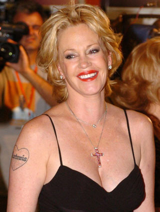 Hollywood hot actress melanie griffith for Melanie griffith tattoo